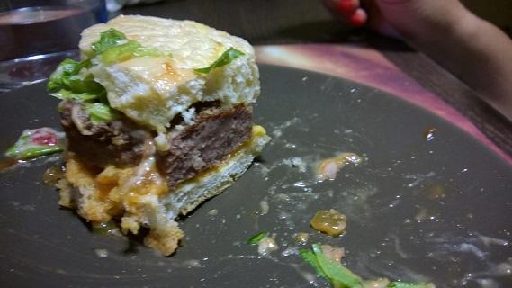 halv-burger-taxi-angus