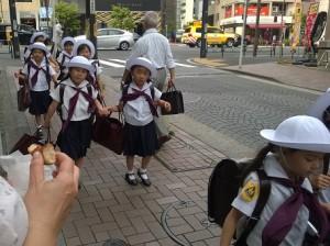 skole-piger