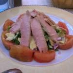 tun-tomat-advokado-salat
